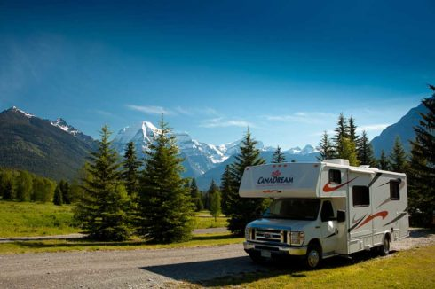 RV luxury camping in Valemount