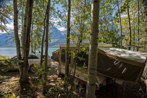 Tent trailer camping by the lake in Valemount