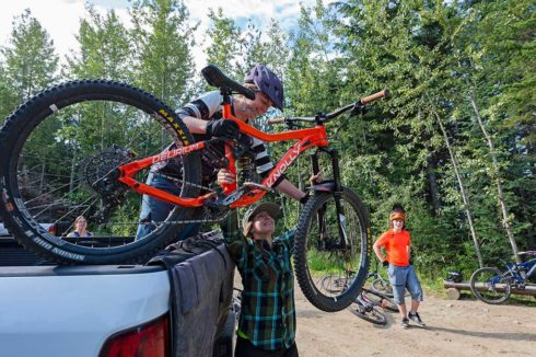 Good access to mountain biking trails in Valemount