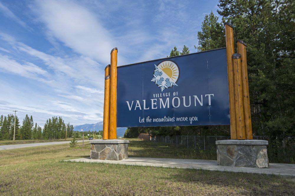 Valemount sign